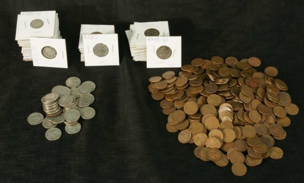 2001: LOT OF PENNIES, NICKELS AND DIMES