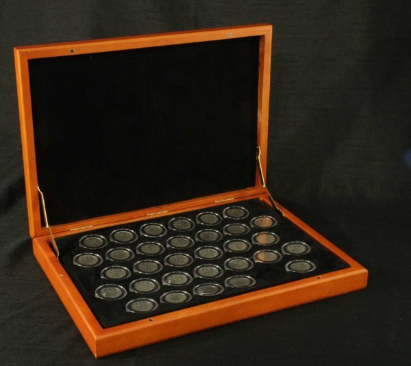 2007: LOT OF STANDING LIBERTY HALF-DOLLAR COINS