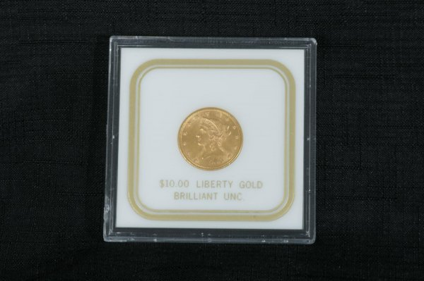 2019: A $10.00 CHOICE GOLD EAGLE COIN IN MINT CONDITION