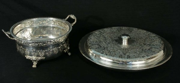 5: LOT OF TWO LARGE SILVERPLATE SERVING PIECES