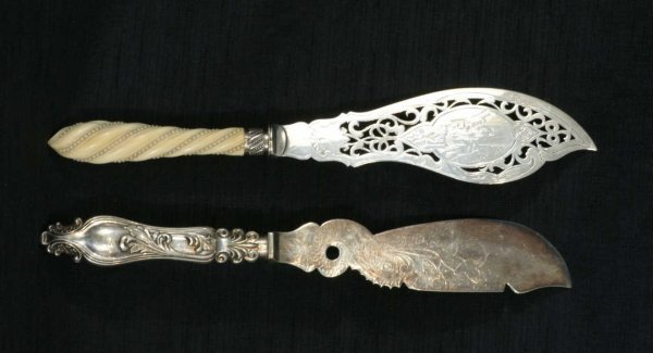 156: SILVERPLATE KNIVES BY H. BUCKLER HOVE, ENGLAND