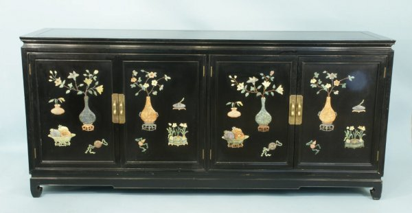 162: CHINESE BLACK LACQUER BUFFET WITH PRECIOUS STONES