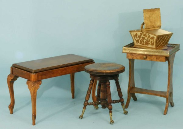 1007: PIANO STOOL, LIDDED BOX, TABLE, AND A PIANO BENCH