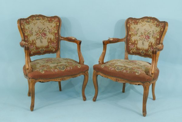 4015: PAIR OF FRENCH WALNUT FAUTEUIL WITH NEEDLEPOINT