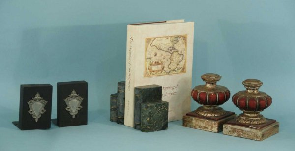 1008: THREE SETS OF BOOKENDS AND BOOK OF NORTH AMERICA