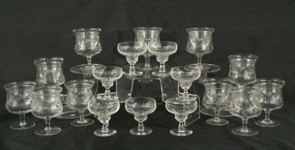 1: CRYSTAL DESSERT CUPS AND SEAFOOD COCKTAIL GLASSES