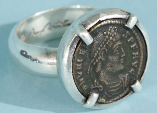 20: ANCIENT ROMAN BRONZE COIN RING IN STERLING SILVER