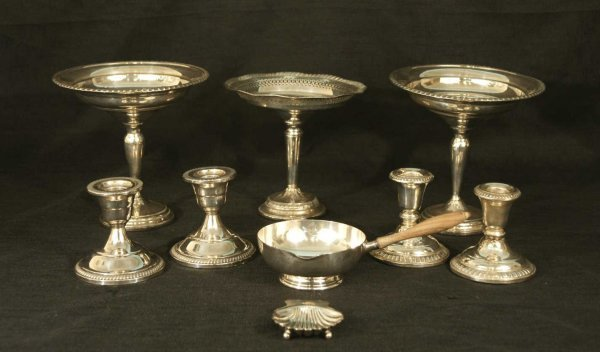 10: BOX LOT OF STERLING AND SILVERPLATE PIECES