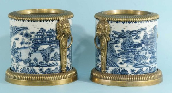 152: PAIR OF CHINESE PLANTERS, CIRCA 1897
