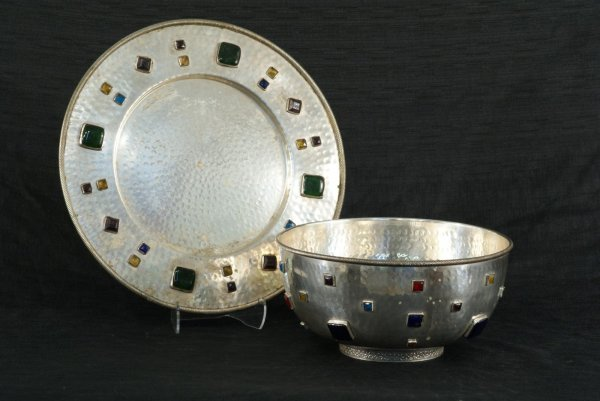 156: HAND-HAMMERED SILVERPLATE CHARGER AND BOWL