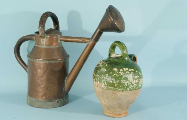 20: ANTIQUE COPPER WATERING CAN, GREEN GLAZED JAR