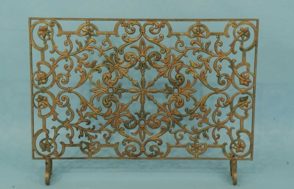 1: METAL FIRE SCREEN
