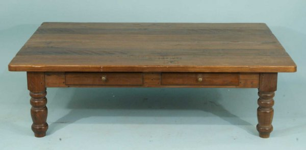 7: OAK COFFEE TABLE WITH TWO DRAWERS