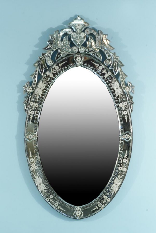 13: VENETIAN OVAL BEVELED MIRROR