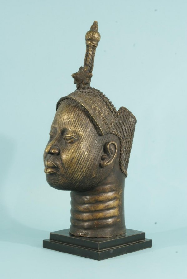 19: BENIN QUEEN MOTHER BRONZE ON BASE