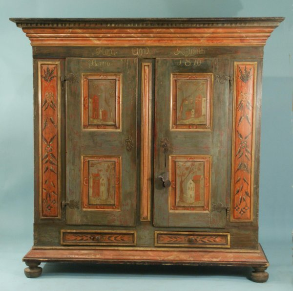 26: LARGE ANTIQUE AUSTRIAN PAINTED KAS, CIRCA 1810
