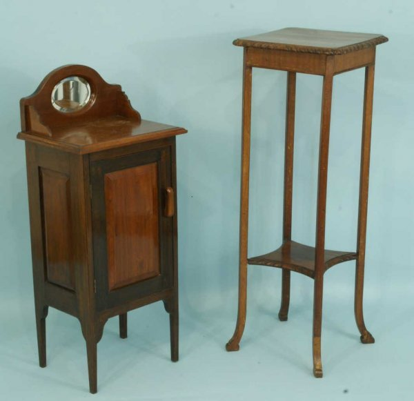 8: VICTORIAN MAHOGANY PLANT STAND AND A WASHSTAND