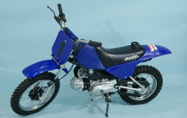 4: JACKEL DIRT BIKE - 90Z