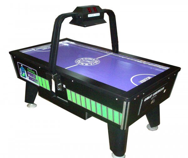 9D: GREAT AMERICAN JUNIOR POWER HOCKEY GAME TABLE
