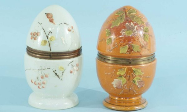 20: ANTIQUE PAIR OF GLASS BOXES IN THE FORM OF EGGS
