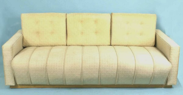 21: HERMAN MILLER SOFA DESIGNED BY GILBERT ROHDE