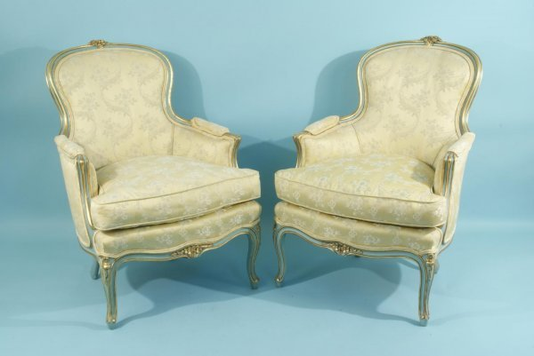 17: PAIR OF FRENCH STYLE ARMCHAIRS IN SILK UPHOLSTERY