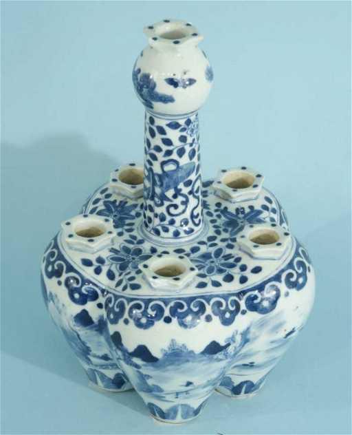 46 Antique Chinese Blue White Porcelain Tulip Vase