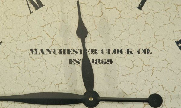 98: CLOCK ON STAND BY MANCHESTER CLOCK COMPANY - 2