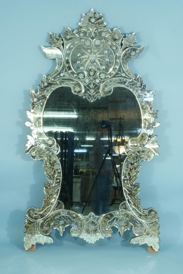 14: LARGE VENETIAN CUT AND ETCHED GLASS MIRROR