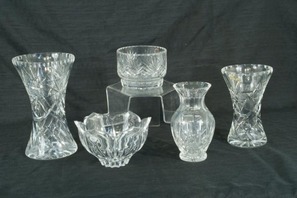 2: BOX LOT OF FIVE ASSORTED CUT CRYSTAL VASES & BOWLS