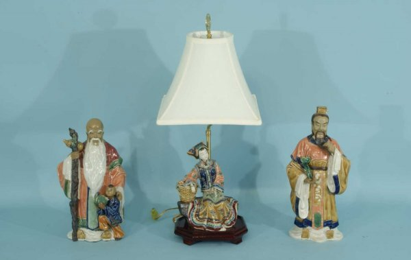 7: THREE CHINESE PORCELAIN FIGURES