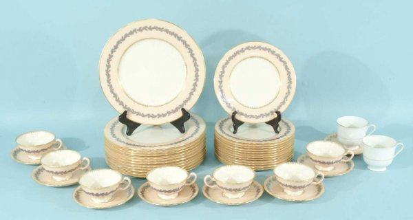 """19: FORTY-PIECE SET OF """"L"""" CHINA BY LENOX, USA."""