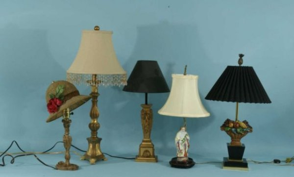 25: MIXED LOT OF FIVE ASSORTED LAMPS