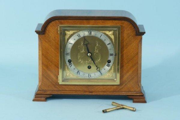 10: VINTAGE R. B. WIGFULL & SON WALNUT MANTEL CLOCK
