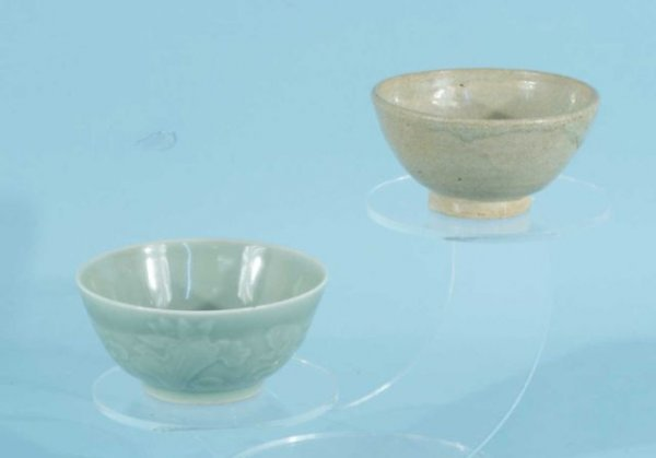 92: TWO ANTIQUE CHINESE CELEDON BOWLS