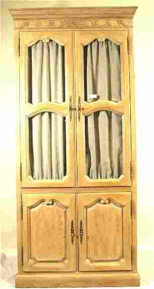 HICKORY MFG CO. COUNTRY FRENCH STYLE CABINET