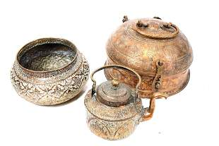 LOT OF THREE VINTAGE MIDDLE EASTERN COPPER POTS
