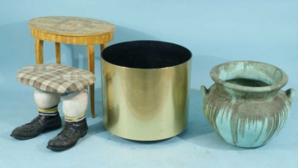 8: LOT OF FOUR DECORATIVE ITEMS