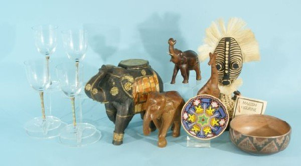 11G: ASSORTED DECORATIVE AFRICAN/INDIAN ART PIECES