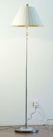 9: CONTEMPORARY FLOOR LAMP WITH LUCITE