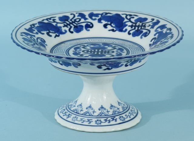 12: FOOTED BLUE & WHITE PORCELAIN TRANSFERWARE COMPOT