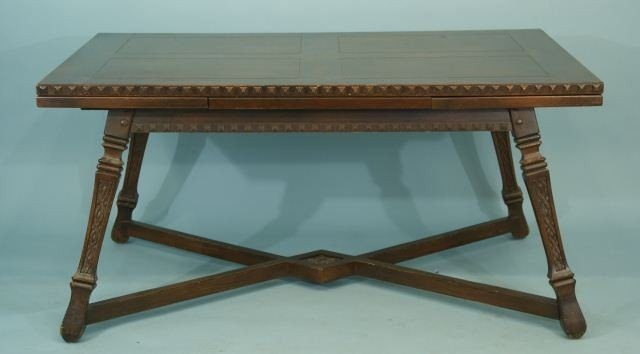 13: ENGLISH OAK DRAW-LEAF TABLE, CIRCA 1930