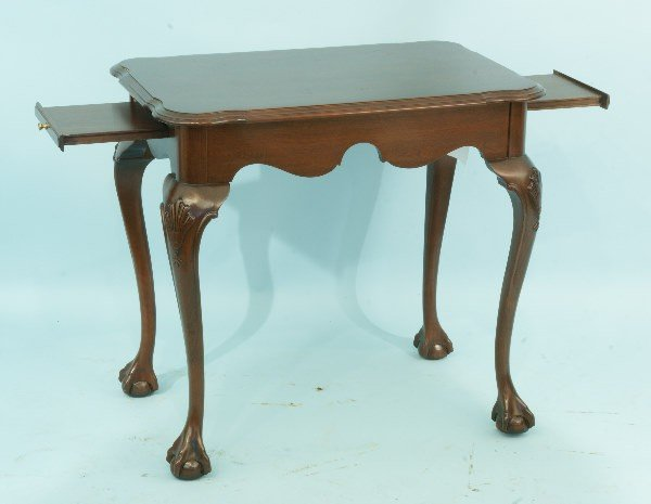 13: CHIPPENDALE STYLE MAHOGANY TEA TABLE WITH BALL ANS
