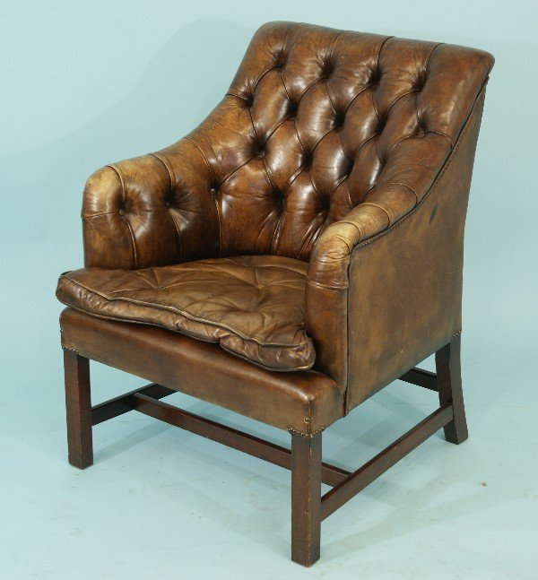 81: DISTRESSED LEATHER CHESTERFIELD TUB CHAIR