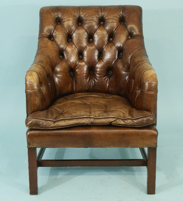 81: DISTRESSED LEATHER CHESTERFIELD TUB CHAIR - 2