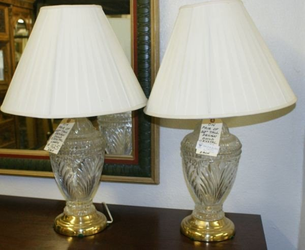 11: Pair preseed glass lamps