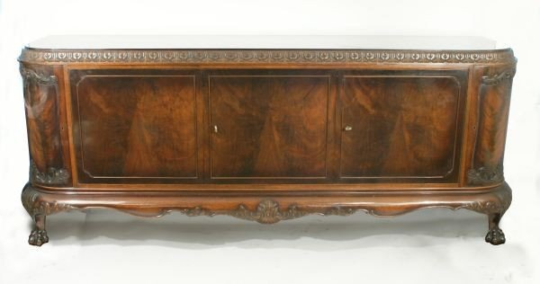 15: ANTIQUE CHIPPENDALE MAHOGANY SIDEBOARD, CIRCA 1880