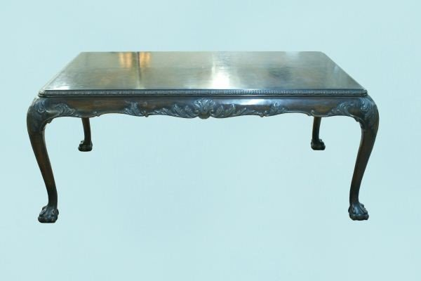 17: ANTIQUE CHIPPENDALE DINING TABLE, CIRCA 1880