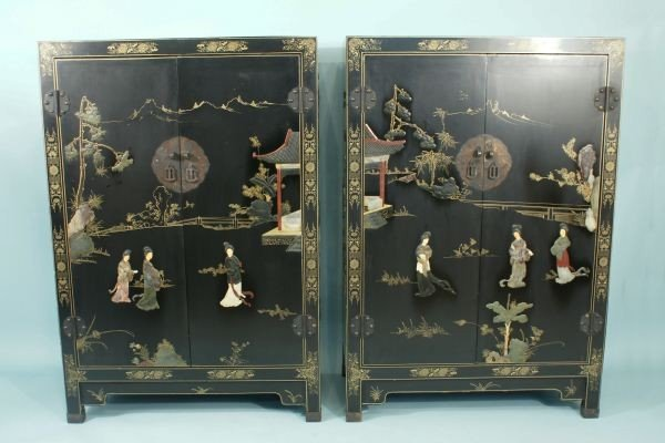 21: PAIR OF VINTAGE CHINESE CABINETS