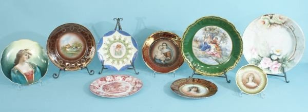 13A: LOT OF NINE FRENCH PORCELAIN DECORATIVE PLATES